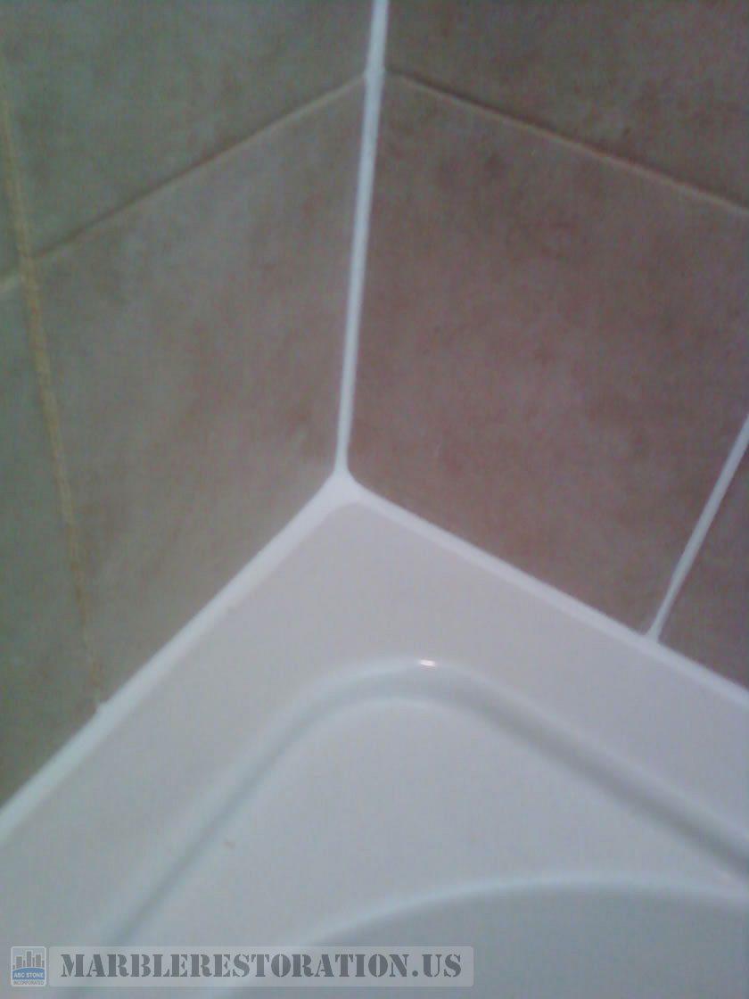 ReCaulked Bath Tub Top Caulking Service - Bathtub caulking service