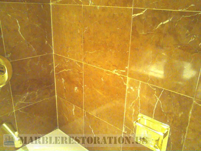 Polished Walls above Bath Tub