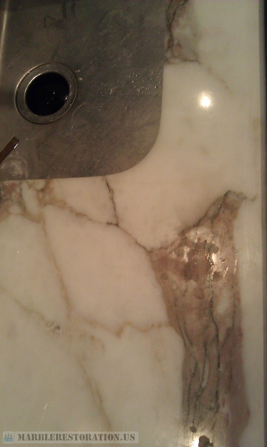 Etched Lackluster Calacatta Gold/ Arabescato Marble