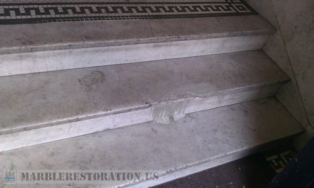 Brooklyn Foyer Wide Step Replacment