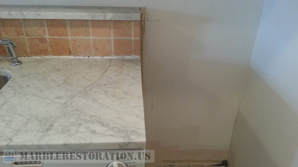 Trimmed Counter For Fridge Niche